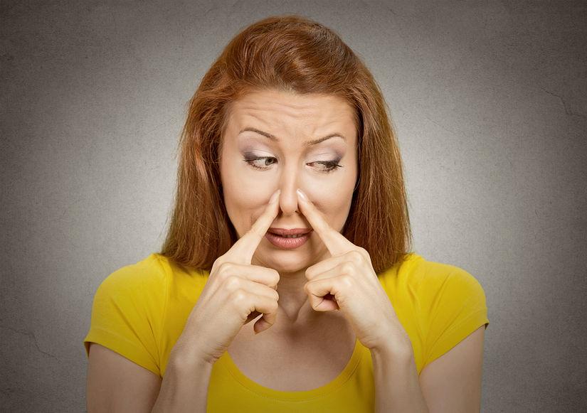 食後すぐの歯磨きがダメって本当!?息が臭い本当の原因と解決法