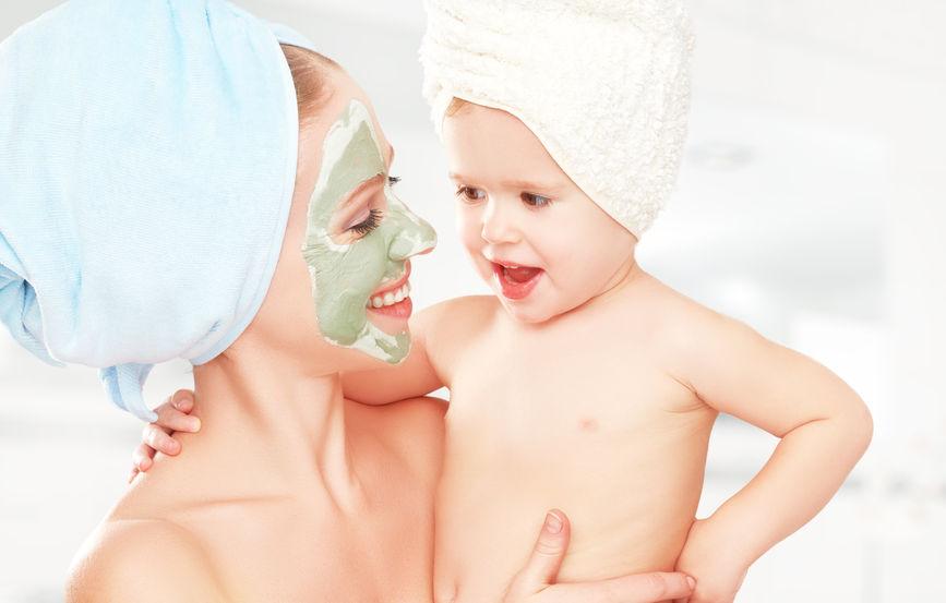 忙しい女性に大人気のW洗顔不要クレンジングも使い方を間違えると肌に悪影響